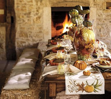Вечер на Самхейн, Хелоуин и Вси Светии